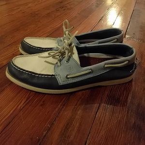 Size 11 tri color sperry boat shoes
